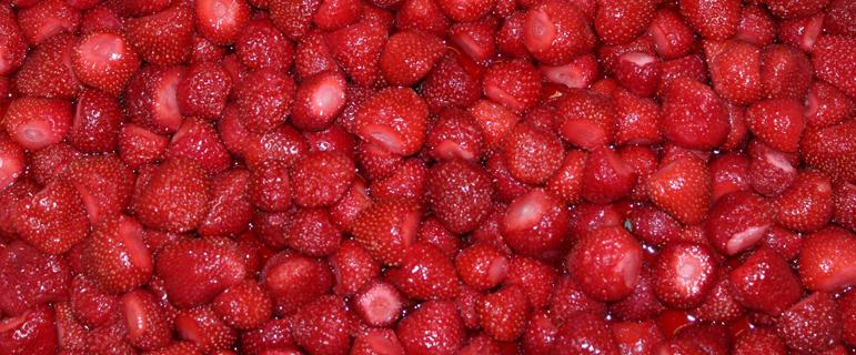 aux-saveurs-du-printemps-fraises-fraiches-